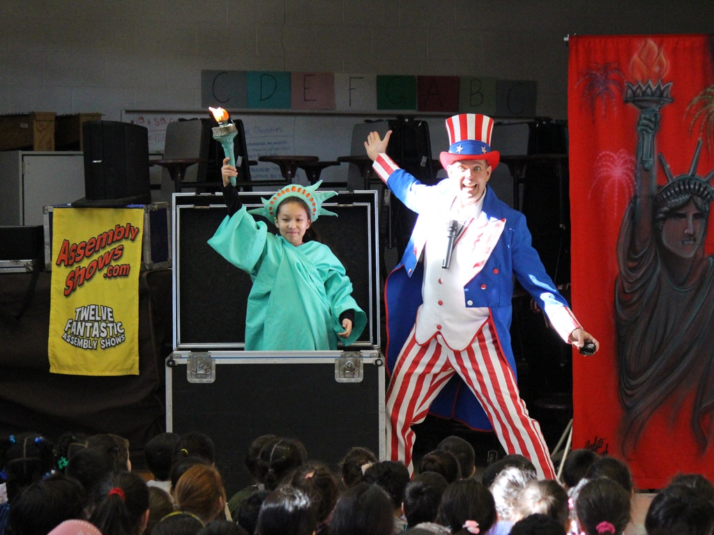 Uncle Sam American History School Show 4